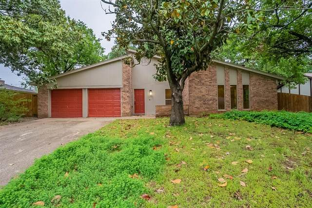 7012 Post Oak Drive, North Richland Hills, TX 76182 (MLS #14567223) :: Maegan Brest | Keller Williams Realty
