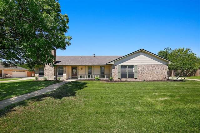 524 Doubletree Drive, Highland Village, TX 75077 (MLS #14567296) :: Team Tiller