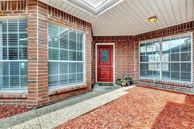 2966 Warm Springs Lane, Richardson, TX 75082 (MLS #14567307) :: The Kimberly Davis Group