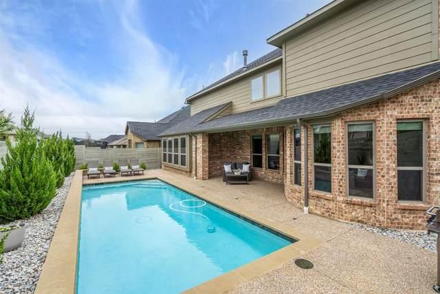 1528 12th Street, Argyle, TX 76226 (MLS #14567497) :: Real Estate By Design