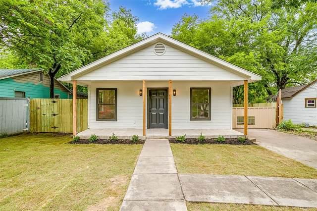 8300 Redonda Street, White Settlement, TX 76108 (MLS #14567781) :: Team Hodnett