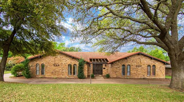 1612 Ems Road W, Fort Worth, TX 76116 (MLS #14567965) :: The Kimberly Davis Group