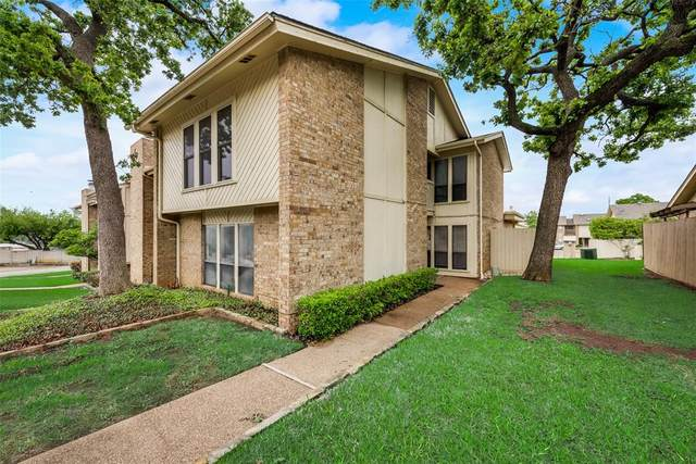 3006 Shady Knoll Lane, Bedford, TX 76021 (MLS #14568121) :: The Kimberly Davis Group