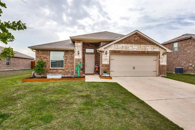 3907 Montecristo Lane, Sanger, TX 76266 (MLS #14568178) :: The Mauelshagen Group