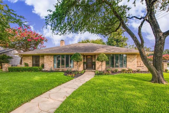6339 Crestmont Drive, Dallas, TX 75214 (#14568237) :: Homes By Lainie Real Estate Group