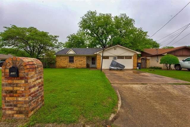 806 Madison Street, Cleburne, TX 76033 (#14568544) :: Homes By Lainie Real Estate Group