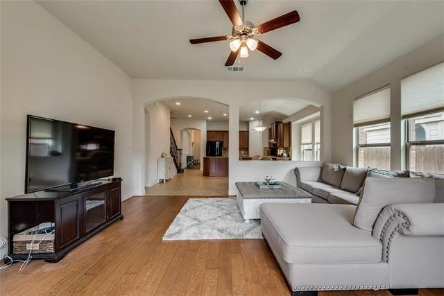 5820 New Castle Drive, Richardson, TX 75082 (MLS #14568585) :: All Cities USA Realty