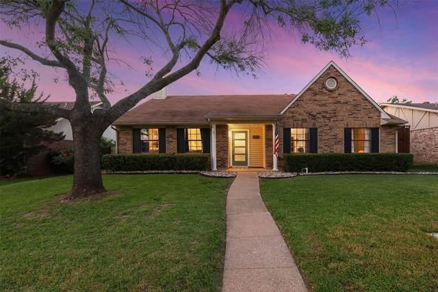 2836 Stratford Lane, Flower Mound, TX 75028 (MLS #14568692) :: The Kimberly Davis Group