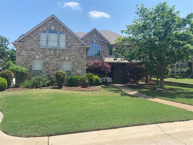 3322 Mayfair Lane, Highland Village, TX 75077 (#14568865) :: Homes By Lainie Real Estate Group