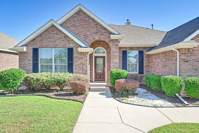1020 Hickory Bend Lane, Fort Worth, TX 76108 (MLS #14568970) :: The Kimberly Davis Group