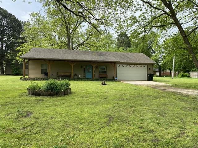 160 E Bennett Street, Detroit, TX 75436 (#14568980) :: Homes By Lainie Real Estate Group