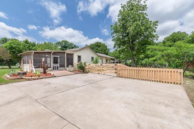 5328 Cowden Street, Sansom Park, TX 76114 (MLS #14569065) :: The Kimberly Davis Group