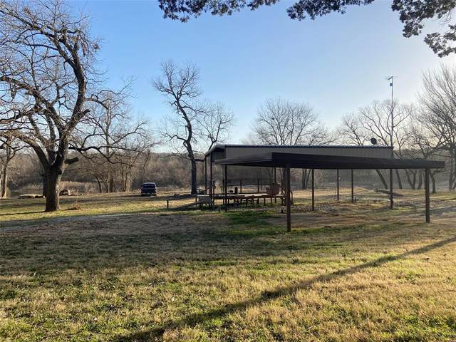 8811 Frontier Court, Granbury, TX 76048 (#14569241) :: Homes By Lainie Real Estate Group