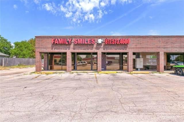 708 Paluxy Road B, Granbury, TX 76048 (#14569563) :: Homes By Lainie Real Estate Group