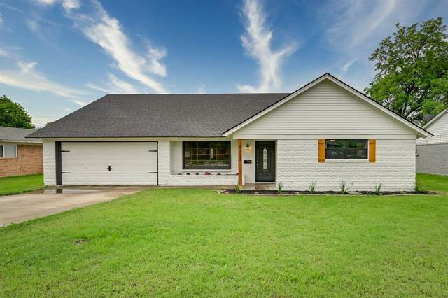 5713 Wharton Drive, Fort Worth, TX 76133 (MLS #14569712) :: Real Estate By Design
