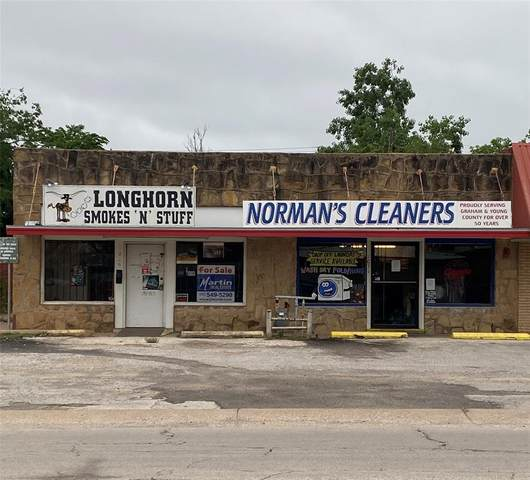 1031 4th Street, Graham, TX 76450 (MLS #14569832) :: Robbins Real Estate Group