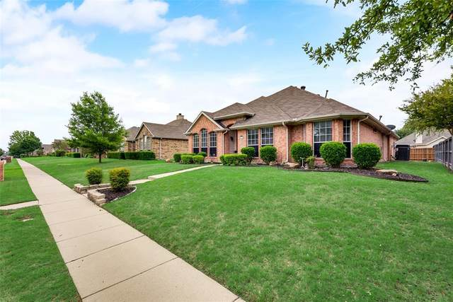 10613 Brandenberg Drive, Frisco, TX 75035 (#14569872) :: Homes By Lainie Real Estate Group