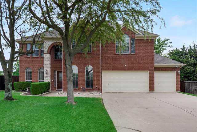 811 Creekstone Drive, Cedar Hill, TX 75104 (#14569912) :: Homes By Lainie Real Estate Group
