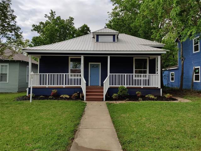 912 W Sears Street, Denison, TX 75020 (MLS #14569922) :: All Cities USA Realty