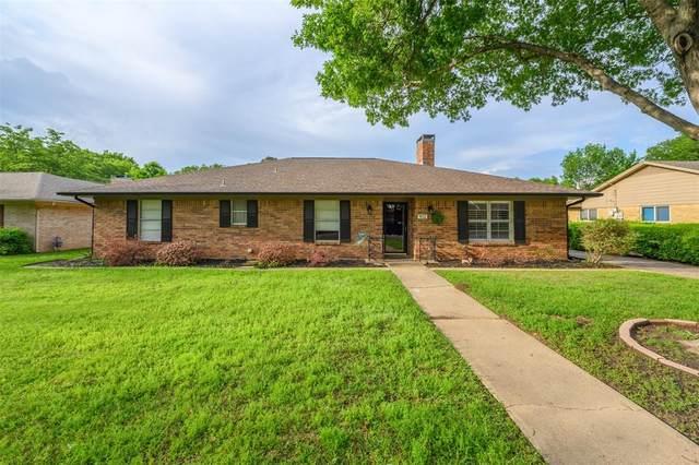 902 Imperial Drive, Denton, TX 76209 (MLS #14569964) :: The Mauelshagen Group