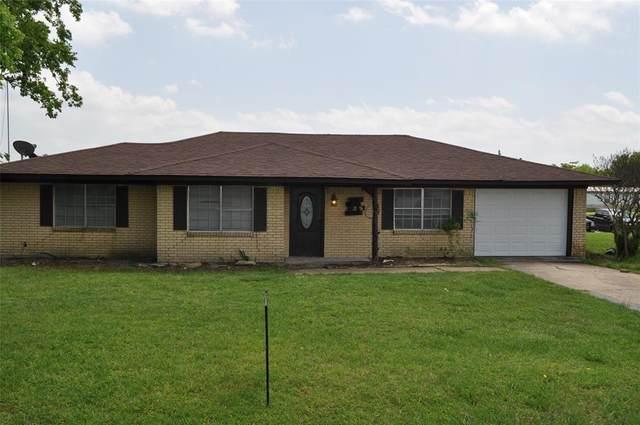 4606 Belknap Street, Southmayd, TX 76273 (MLS #14570011) :: Team Tiller
