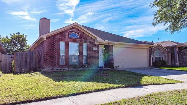 6003 Flyers Lane, Arlington, TX 76018 (MLS #14570042) :: Wood Real Estate Group