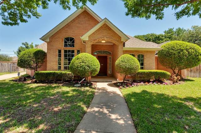 920 Calloway Court, Hurst, TX 76053 (MLS #14570143) :: The Kimberly Davis Group
