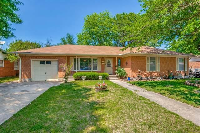 1705 E Garnett Street, Gainesville, TX 76240 (MLS #14570238) :: VIVO Realty