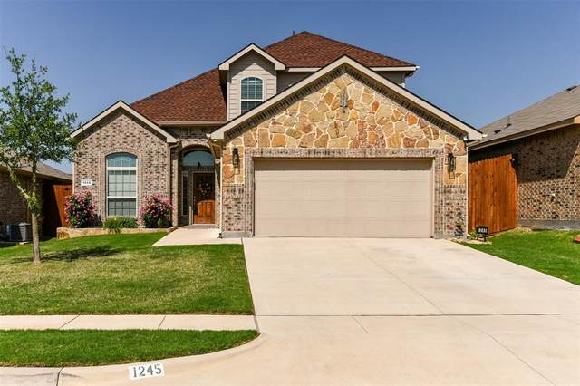 1245 Glen Court, Weatherford, TX 76087 (#14570289) :: Homes By Lainie Real Estate Group