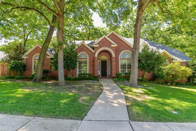 1720 Valley View Drive, Cedar Hill, TX 75104 (#14570397) :: Homes By Lainie Real Estate Group