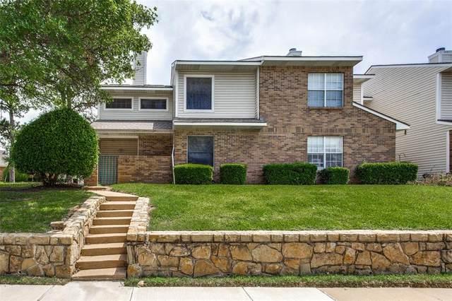 817 Creekside Drive, Lewisville, TX 75067 (MLS #14570424) :: Jones-Papadopoulos & Co