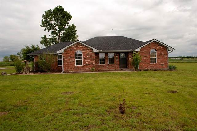 3016 Davis Road, Whitesboro, TX 76273 (MLS #14570484) :: Lisa Birdsong Group | Compass