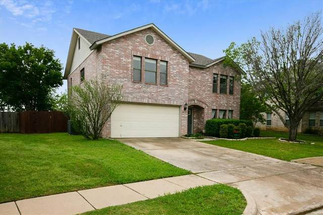 5132 Chessie Circle, Haltom City, TX 76137 (#14570528) :: Homes By Lainie Real Estate Group