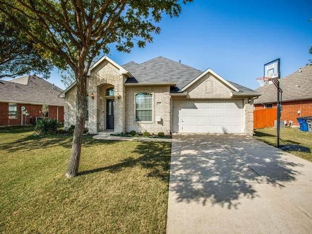 207 Goldenrain Drive, Wylie, TX 75098 (MLS #14570548) :: The Kimberly Davis Group