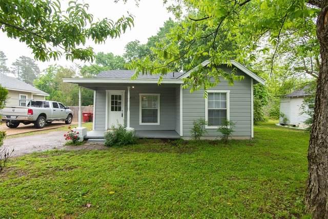 811 Kaufman Street S, Mount Vernon, TX 75457 (MLS #14570550) :: Team Tiller