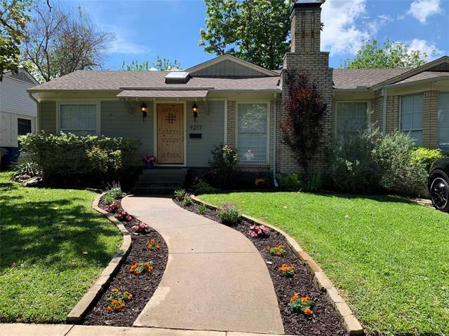 4217 Delmar Avenue, Dallas, TX 75206 (MLS #14570599) :: The Kimberly Davis Group