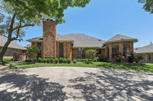 18008 Carrollwood Drive, Dallas, TX 75252 (#14570763) :: Homes By Lainie Real Estate Group