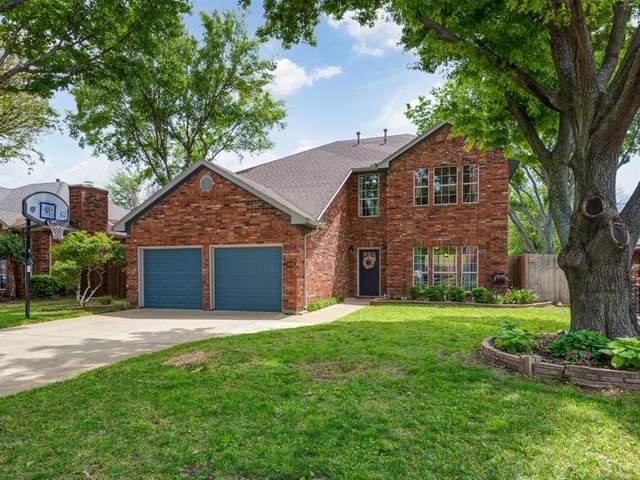 1705 Altacrest Drive, Grapevine, TX 76051 (MLS #14570907) :: The Kimberly Davis Group