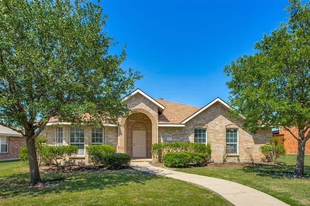 4072 Sun King Lane, Frisco, TX 75033 (MLS #14570957) :: Team Tiller