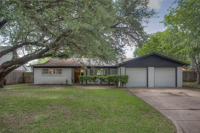 6949 Valhalla Road, Fort Worth, TX 76116 (MLS #14570987) :: The Kimberly Davis Group