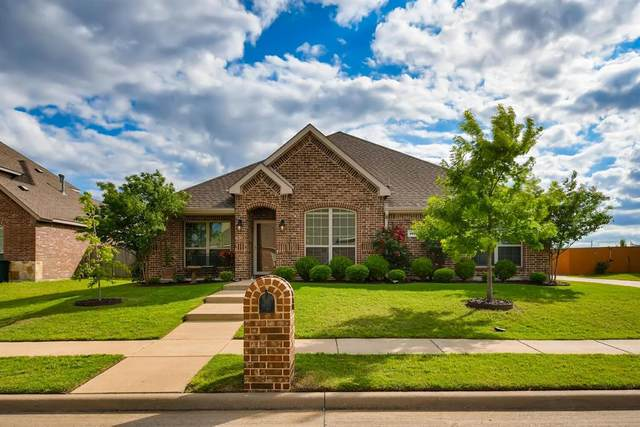 1020 Lufkin Lane, Forney, TX 75126 (MLS #14571002) :: The Kimberly Davis Group