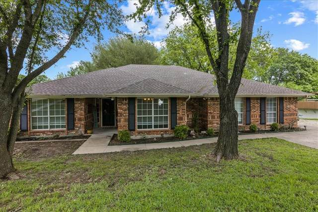 305 Lakewood Drive, Waxahachie, TX 75165 (#14571009) :: Homes By Lainie Real Estate Group