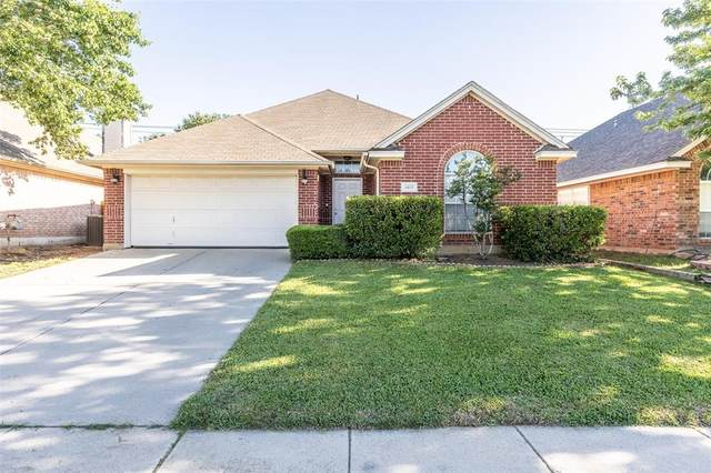 8825 San Joaquin Trail, Fort Worth, TX 76118 (MLS #14571169) :: Wood Real Estate Group