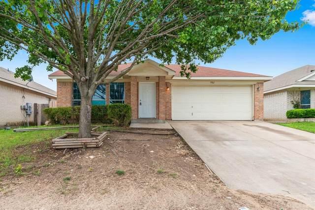 9961 Peregrine Trail, Fort Worth, TX 76108 (MLS #14571176) :: Team Hodnett