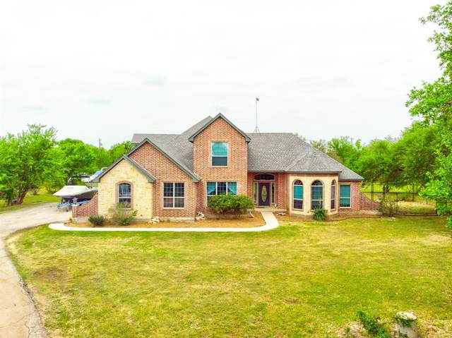 2908 Cliffview Court, Granbury, TX 76048 (#14571180) :: Homes By Lainie Real Estate Group