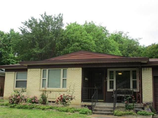 733 N Carrier Parkway, Grand Prairie, TX 75050 (#14571217) :: Homes By Lainie Real Estate Group