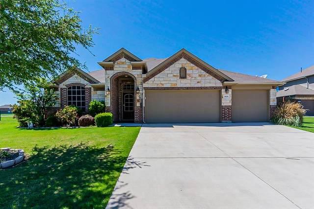 1424 Enchanted Sky Lane, Fort Worth, TX 76052 (MLS #14571394) :: The Kimberly Davis Group