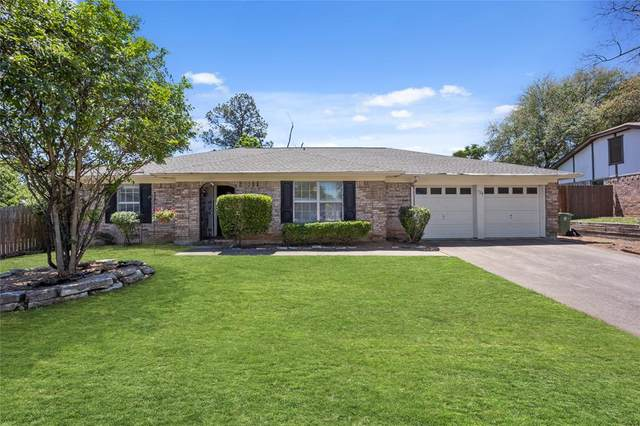 728 Huntwich Drive, Bedford, TX 76021 (MLS #14571572) :: The Kimberly Davis Group