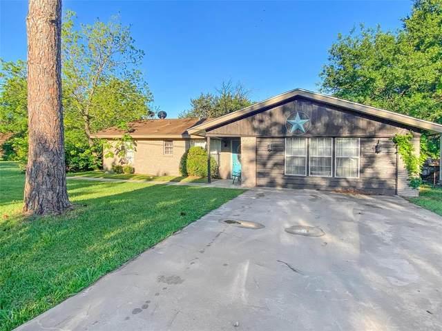 510 S Grand Street, Wolfe City, TX 75496 (MLS #14571696) :: The Kimberly Davis Group