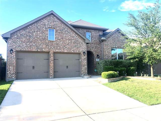 1136 Crest Meadow Drive, Fort Worth, TX 76052 (MLS #14571761) :: The Kimberly Davis Group